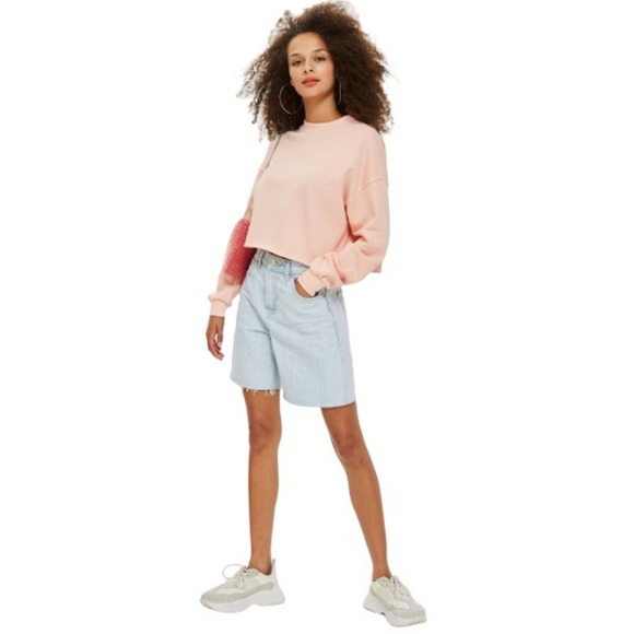 TOPSHOP Petite Crop Sweatshirt in Pale Pink